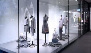 schaufensterdekoration figurenstyling case laurel